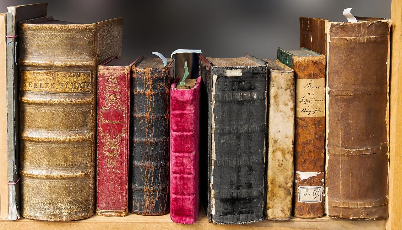 """Mažeikių viešojoje bibliotekoje vyko literatūros popietė """"Poezija kitaip…"""""""