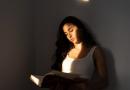 3 skirtingo žanro knygos, kurias verta perskaityti moterims
